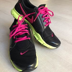 Nike Training In Season TR.
